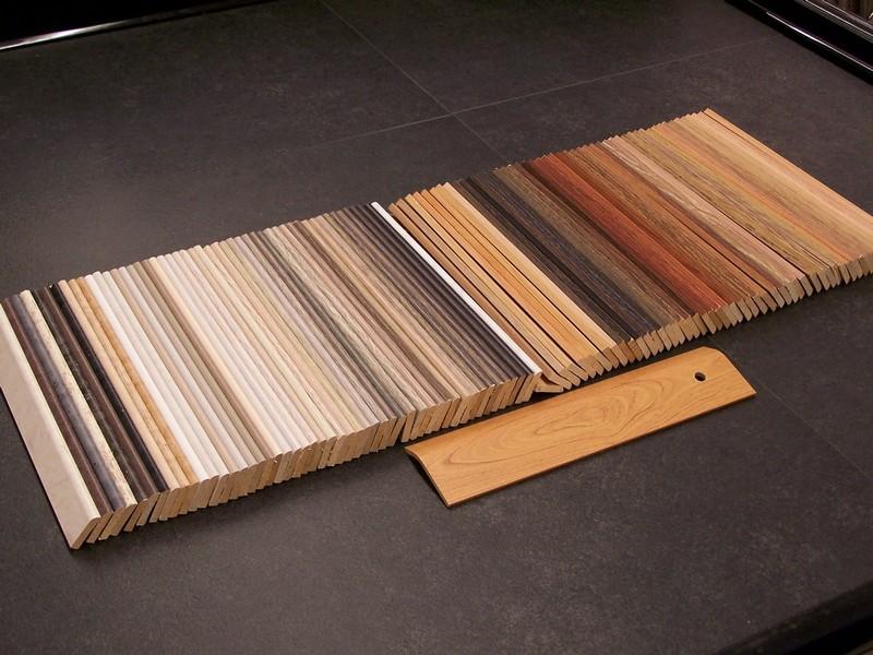 Plinten decovloer rotterdam een begrip in vloertegels sinds 1987 - Te vernieuwen zijn houten trap ...